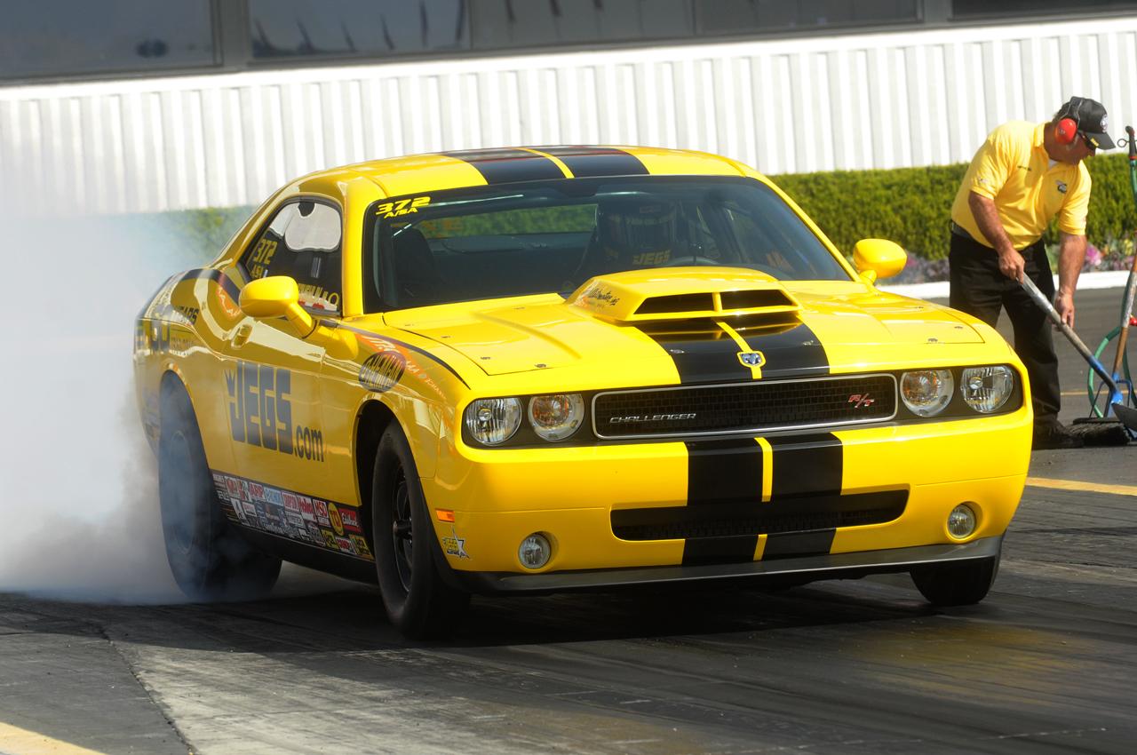 Jegjr Dragpak on Nhra Pro Stock Jegs Car Yellow
