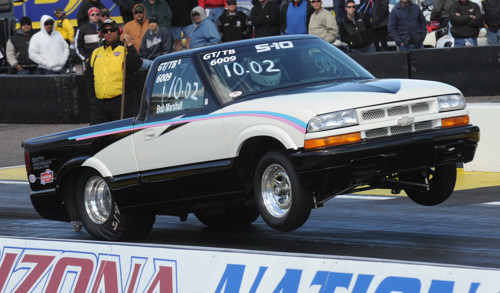 Bob Marshall brought down his cool Chevy S-10 from Olds Alberta for Super Stock competition.