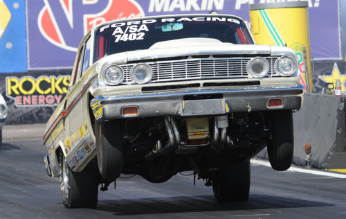 Tom Nolan's awesome '64 Ford A/SA was once again a big fan favorite in Stock.