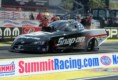 Cruz Pedregon ended a winless drought in Funny Car with a solid victory in the  Snap-On Tools Toyota