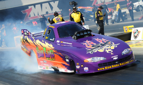 Cassie Simonton recorded the quickest run for the Canadian cars entered in TAFC -- a near career best 5.558 secs while winning round #1 in Spiro Kontos' machine.