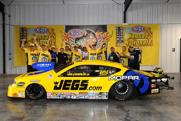 Jeg Coughlin's 53rd career win included a milestone 500th round win.
