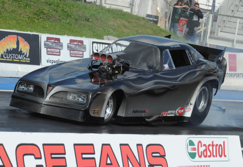 Tim Nemeth's awesome new Firebird dominated Prostalgia FC action during the Mopar Rocky Mountain Nationals.
