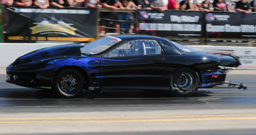 Glen Musto ran his very cool nitrous injected Trans-Am all the way to victory lane in EZ Street competition.