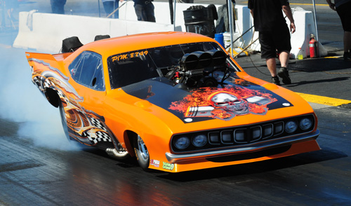 Michigan's Jason Kelso qualified his '70 Barracuda #1 at Grand Bend with a 6.217 secs