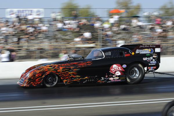 Alberta's Norm Kolwich entered his '53 Corvette bodied FC for the first time at Bakersfield.