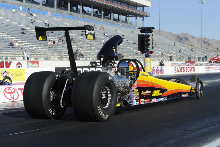 Defending NHRA World Champ Al Kenny (from Kingston) went to the 4th round in Super Comp class racing.