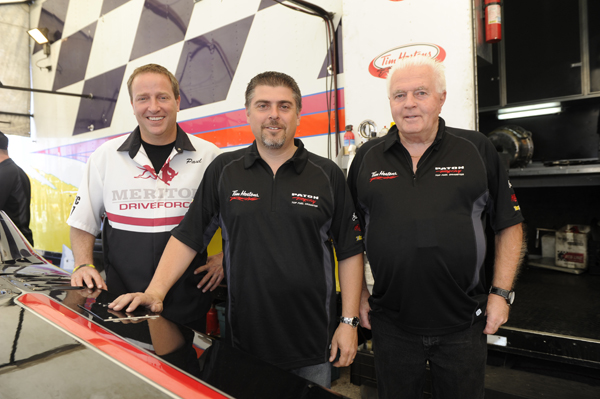 That's Paul Noakes with Todd & Barry Paton - quite possibly a early peek into the future for Canadian Top Fuel racing ; )