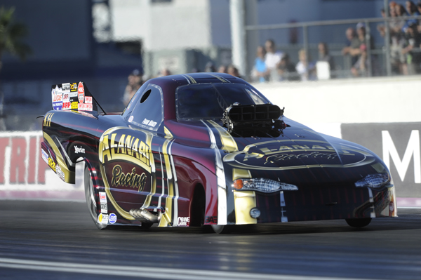 Frank Manzo locked up his 17th career NHRA TAFC World Title.