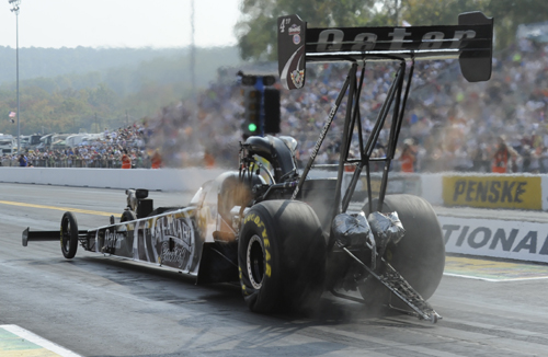 Shawn Langdon won for the 6th time this season to extend his Top Fuel championship points lead/