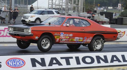 Kelly MacKay from Nova Scotia had his very clean E/SA '72 Demon entered in Stock eliminator.