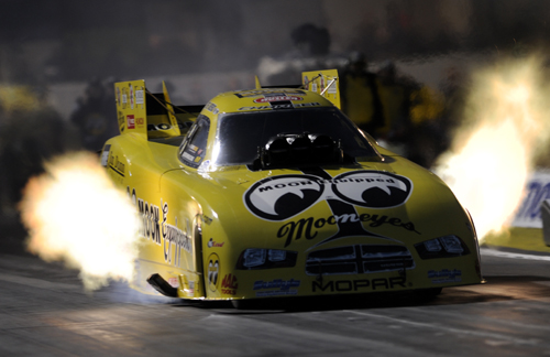 Toronto native Jeff Arend got his 2014 season off to a very fast and positive start with a number of 4.0 elapsed times driving the awesome looking Jim Dunn Racing Mooneyes/Grime Boss Dodge