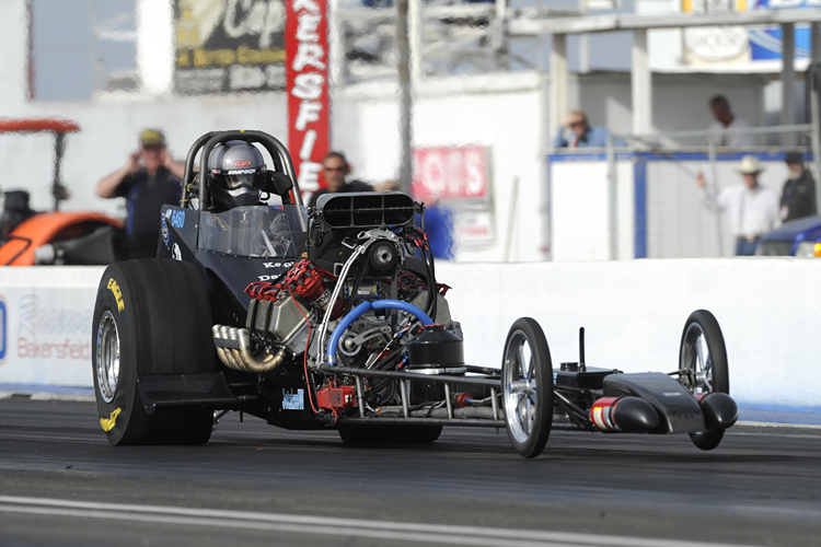 It's now 5 wins and counting for the Calgary-based Davenport A/Fuel dragster at Bakersfield!