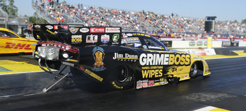 Jeff Arend qualified in the middle of the pack again in fuel FC (4.139 secs - 11th) but fell to Ron Capps in round #1.