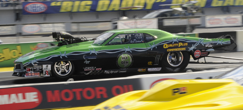 PMRA circuit graduate Eric Latino tried his hand in Pro Mod but lost out in round #1 to fellow Canuck Ray Commisso.