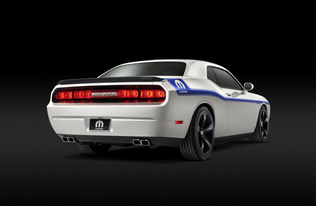 New Mopar '14 Challenger model revealed: only 100 serialized c