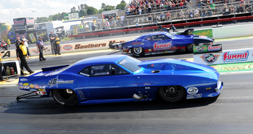 Western Canadian Pro Mod racers Jim Bell and Kenny Lang faced off during qualifying