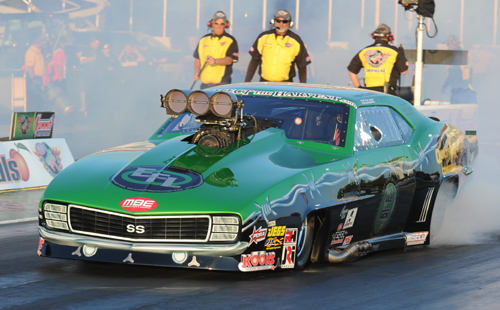 GTA-area racer Eric Latino qualified in Pro Mod with a nice 5.951 secs lap - before falling to Kevin Fiscus in round #1