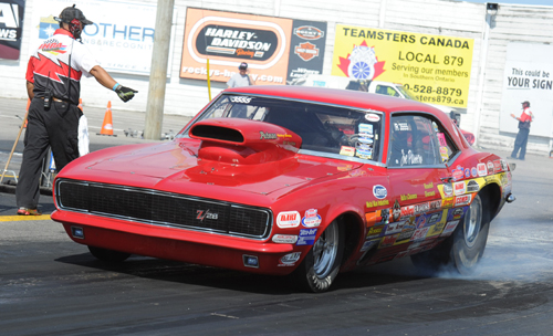 Ontario's Joe Passeo prevailed to win in Hot Rod (10.90) during Saturday's Pro-Am sportsman event/