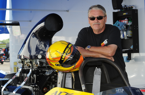 Versatile racer Al Kenny entered in Top Dragster at Englishtown.  He qualified #7 at 6.489 secs but fell in round #2.