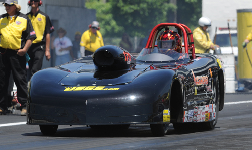 Jason Kenny (Kingston ON) had another strong event in Super Gas racing -- winning 3 rounds in his reliable topless Corvette