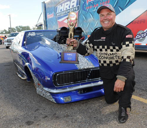 Joe Delehay (from Calgary) kept his recent winning ways in tact with a another win in Pro Mod