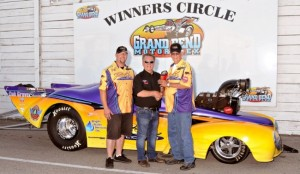 2014_Stratford-Spectacular-Hot-August-Nationals_Winners-Circle_Jeff-Roth--300x174