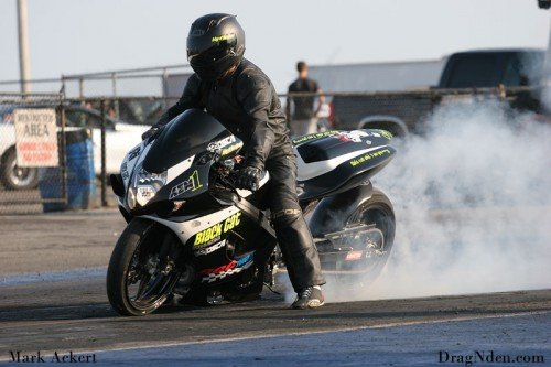 Joe Carlos continued his objective to be the first into the 7's in KOTS bikes