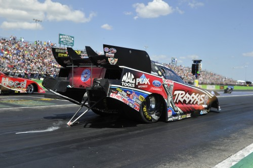 Courtney Force's won for the 6th time in her young racing career in Funny Car