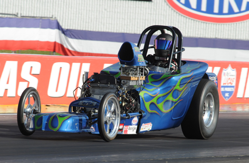 Steve Pohill (London ON) was the only Canadian based car entered in Comp - he took his H/EA Ford powered car to the 2nd round
