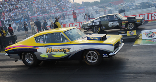 The 2014 Mopar HEMI Challenge final saw Wendall Howes jump out to a huge starting line advantage - only to be caught right at the lights by Charlie Westcott Jr.