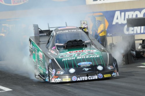 The points leader coming into the Reading race - John Force - suffered a very consequential 1st round defeat.