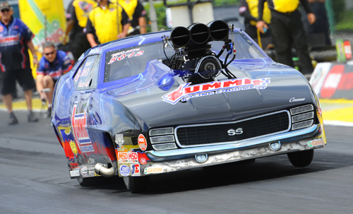 Manitoba's Kenny Lang roared to the #15 slot in Pro Mod - but had a red-light foul in round #1