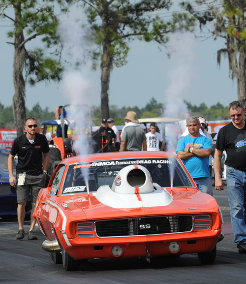 Ken Quaruccio's nitrous injected Camaro win the Ross Pistons Outlaw 632 class