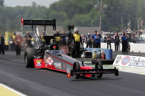 Despite losing in round #1 driving the Paton Racing TF dragster - Dan Mercier made a great impression in his first ever event in the class -- qualifying #15 - and running a strong 3.956 secs.