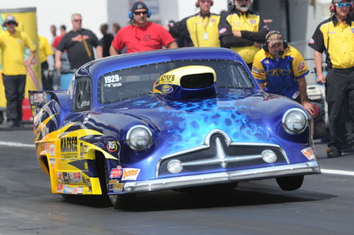 Jeff Brooks drove his uber cool '51 Henry J to the Top Sportsman title.