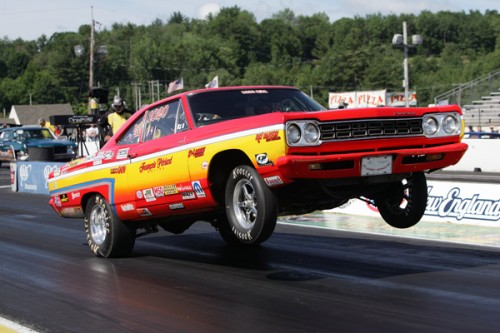 Epping:  Francois Periard's high flying B/SA '68 Roadrunner was a fan favourite again during the New England Nationals