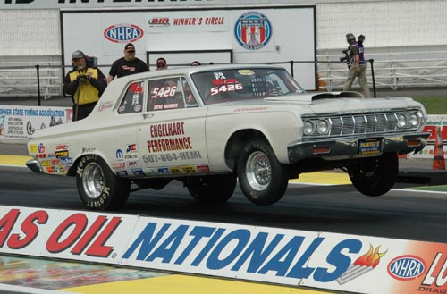 Homestate racer Gene Mosbeck won in Super Stock with this classic Plymouth.