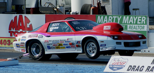 Regina's Grant Singer qualified #1 for the Stock/SS Combo with a run of 9.15 secs at 147.09 mph.