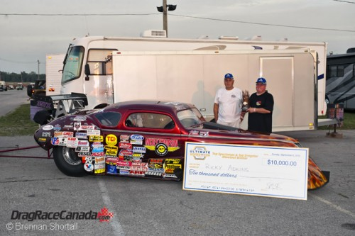 "Michigan's Ricky Adkins collect a cool ""10-Large"" after winning at Grand Bend"