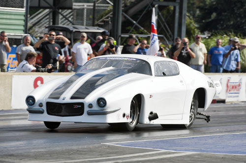 Regional Pro Mod powerhouse Steve Summers ran a wicked quick 5.702 secs at 263.62 mph!