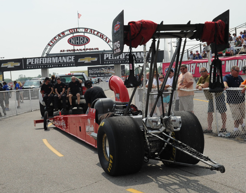 The Stoney Creek-based Veale Racing team had an outstanding event run - after qualifying #11 they went all the way to the semifinal round with their injected nitro car!