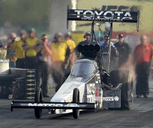 Antron Brown won the Traxxas Shootout for Top Fuel on Saturday