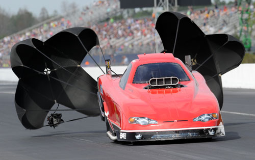 NDRA's contingent of Top Alcohol Funny Cars will race at Cayuga this Labour Day Weekend