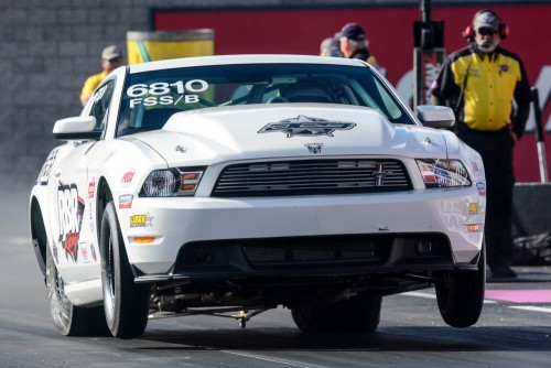 Bob Blair (from DeWinton AB) entered his awesome FSS/B '12 Mustang in Super Stock and qualified a -.937 secs