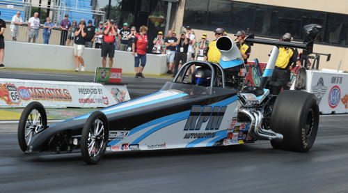 Shannon campaigned both a trusted Corvette and a new Dragster during 2015