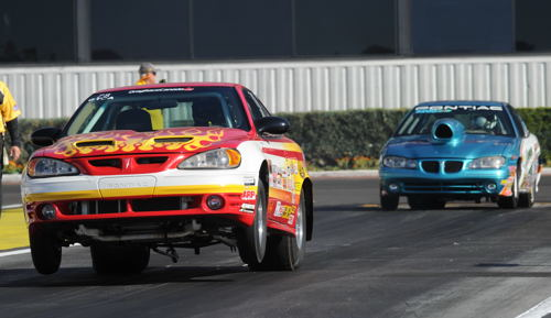 What would NHRA Pomona be without Canadian SS class fixtures Don Thomas and Abe Loewen?