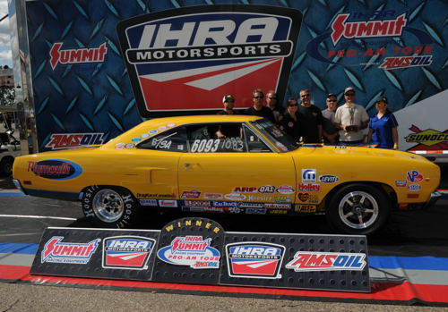 2015 was a good season for Clarence Bidniak - attending the Jegs All Stars event at Chicago (for team Canada -top) and winning at IHRA's Mopar Rocky Mountain Nationals)