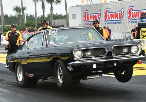 New Brunswick's Mark Howes entered this interesting new SS/IA class Barracuda at Gainesville.  It went .778 under in qualifying.