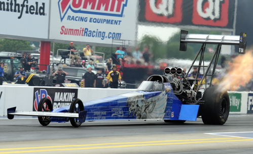 "A pretty solid effort from  Smax Smith in Top Fuel!  The Ayr Ontario-based driver qualified Bob Leverich's Michigan-based dragster #13 - and ran best of 4.197 secs while losing out in ""quad round one"""